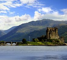 Eilean Donan castle in Scotland by Linda More