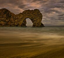 Durdle Dor by jakeof