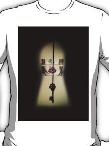 the scarlet keyhole. T-Shirt