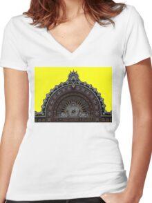 Estación de Santander Women's Fitted V-Neck T-Shirt