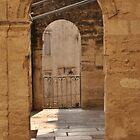 Arches in Montpellier by kweirich