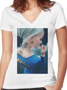 Tattoo Women - Portrait Women's Fitted V-Neck T-Shirt