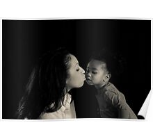Kisses that melt a mother's heart Poster