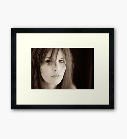 """"""" so few who choose to see their own beauty"""" Framed Print"""
