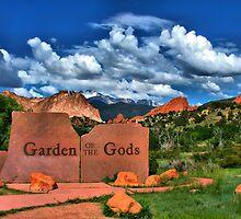 Garden of the Gods and Pikes Peak by Gregory Ballos | gregoryballosphoto.com