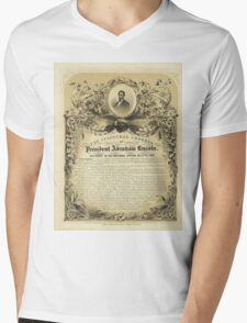 Second Inaugural AddressPresident Abraham Lincoln (March 4 1865) Mens V-Neck T-Shirt