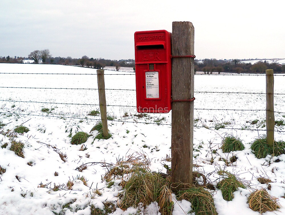 Red Post Box in Winter by hootonles