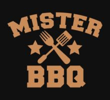 MISTER BBQ Barbecue with fork and flipper Kids Tee