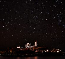 Starry night at Nubble Lighthouse by GarethWilton