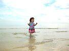 Tianah at the beach by vickimec
