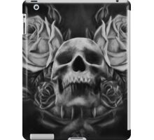 Skull And Rose's 5 BW iPad Case/Skin