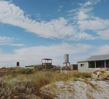Shack (Wedge Island) by Thea.T Photography