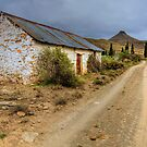 Compassberg Hut by Rob  Southey