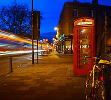 Red Phone Booth - Cambridge, England by rainprel