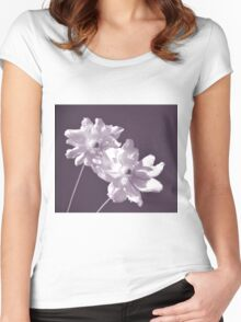 White Anemone Women's Fitted Scoop T-Shirt