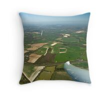 Gliders thermaling over Highclere castle. Throw Pillow