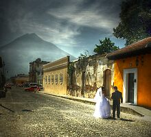 Married me - La Antigua Guatemala by Miguel Avila