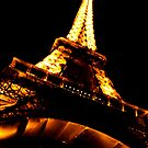 Eiffel Tower  by rachomini