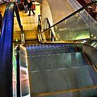 Escalator by nataraki76