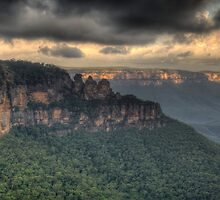 Icons - Jamison Valley, Katoomba Blue Mountains World Heritage Area - The HDR Experience by Philip Johnson