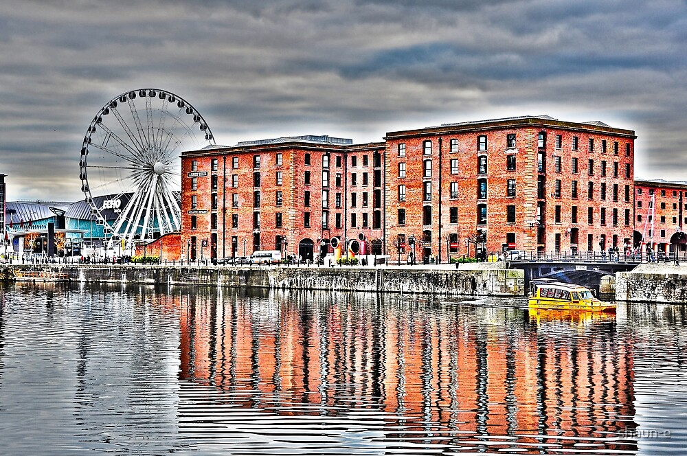SALTHOUSE DOCK-HDR by shaun-e