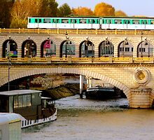 Sunny autumn on the Seine by bubblehex08
