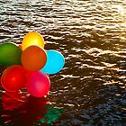 Balloons on the water by kraMPhotografie