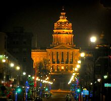 Des Moines Capital At Night by Linda Miller Gesualdo
