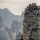 Yuanjiajie mountains #1 张家界 by Nicolas Noyes