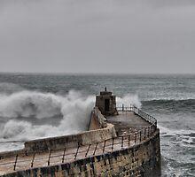 High tide by Mike Higgins