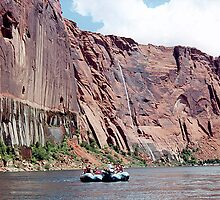 Rafting the Colorado River, Glen Canyon, Arizona, USA by Adrian Paul