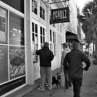 Pearlz Oyster Bar by Wendy Mogul