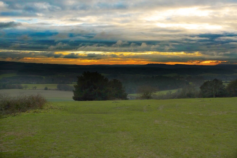 Winter Sunset by iainf2010