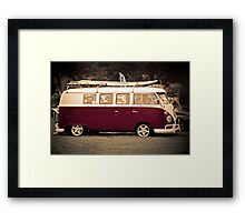 Camper van Surfs up Framed Print