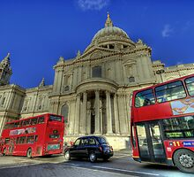 St Paul's Cathedral London hdr by AndyV
