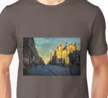 Walking by St Giles' Cathedral Unisex T-Shirt