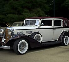 1933 LaSalle 7 Passenger Sedan by TeeMack