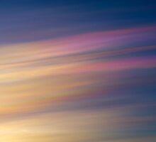 nacreous clouds 5jan 2011 #2 by Stefán Kristinsson