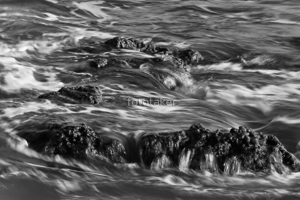 Backwash in Black and White by fototaker