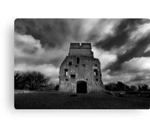 Donnington Castle Ruins Canvas Print