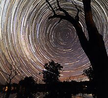 Poocher startrails by Wayne England