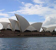 Sydney Opera House by OzzieDreama