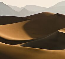 Death Valley Dune At First Light #2 by Jan    Armor