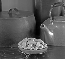 Polly Put the Kettle On, We'll All Have Pie by Lesliebc