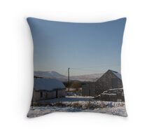 leamagowra winter Throw Pillow
