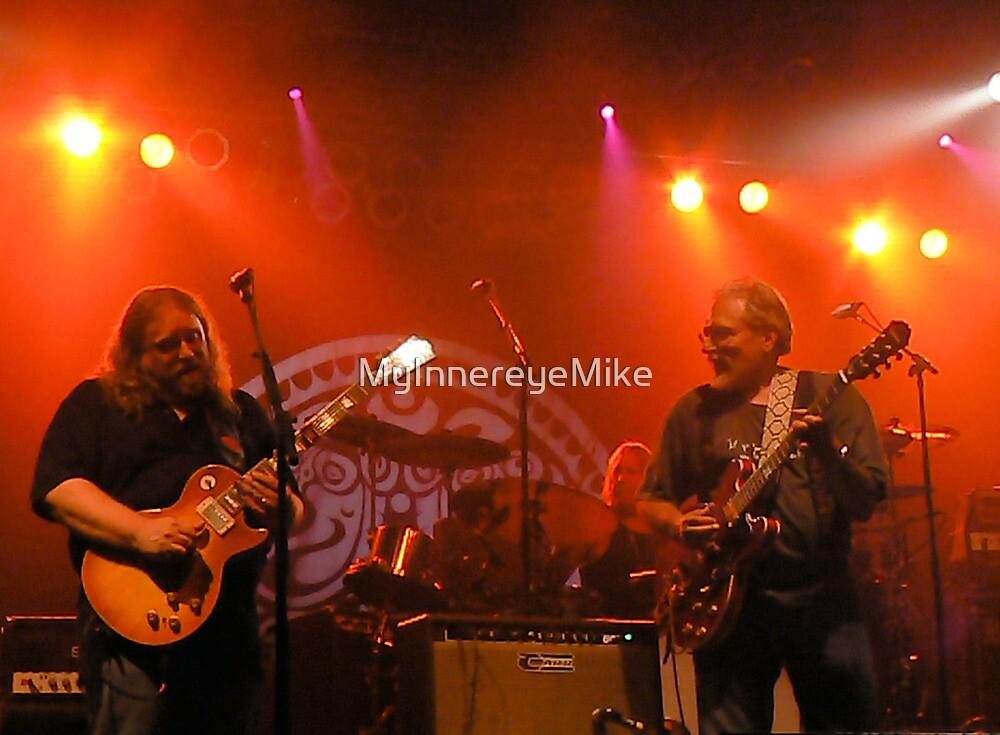 #197   Warren Haynes & Jorma Kaukonen @ Bonnaroo '07 by MyInnereyeMike
