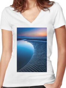 Blue Beach Women's Fitted V-Neck T-Shirt