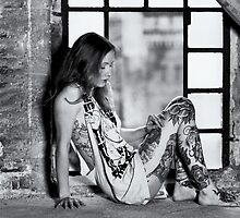 Tattoo Women  by MS-Photographie