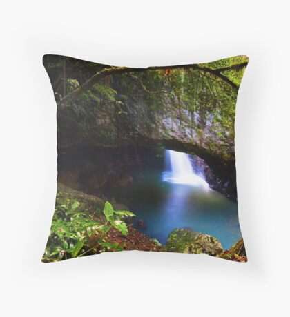 Natural Arch - Springbrook National Park Throw Pillow