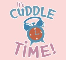 It's CUDDLE time! with cute clock  Kids Tee